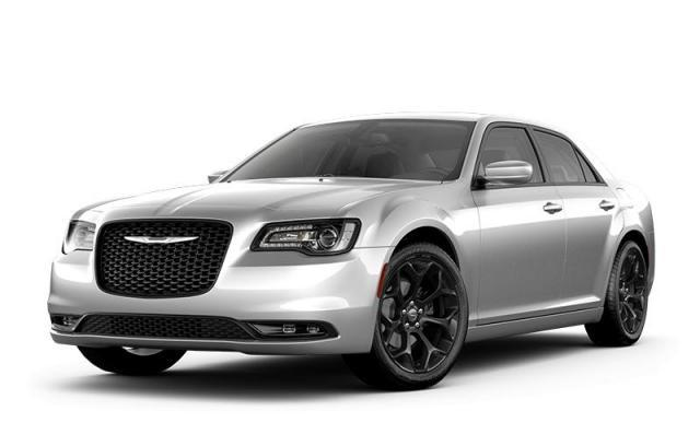 2019 Chrysler 300 S – Panoramic Sunroof, NAV, Alpine Audio, S Appearan